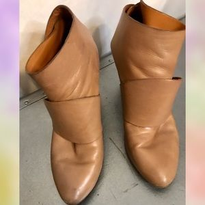 Coclico wrap leather booties